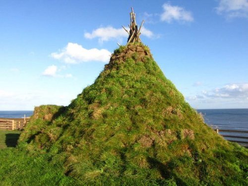 iron-age-hut